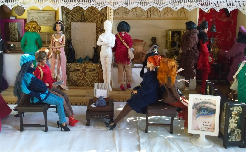 The Humble Little Doll Theater plays: A day at the museum!