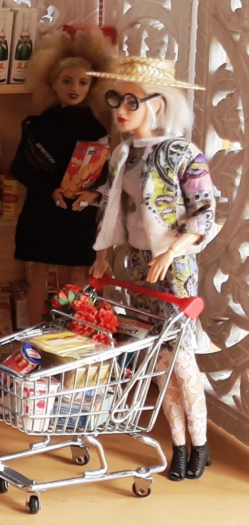 Corona Supermarkt 8